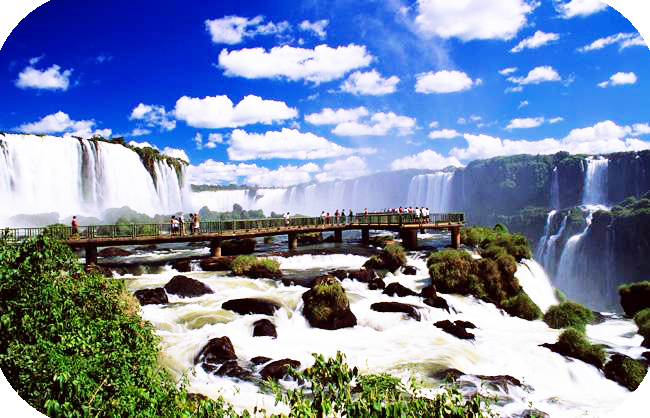 BloodyCandy-waterfalls-foz-do-iguacu-parana-photo-gov-tourist-ministry